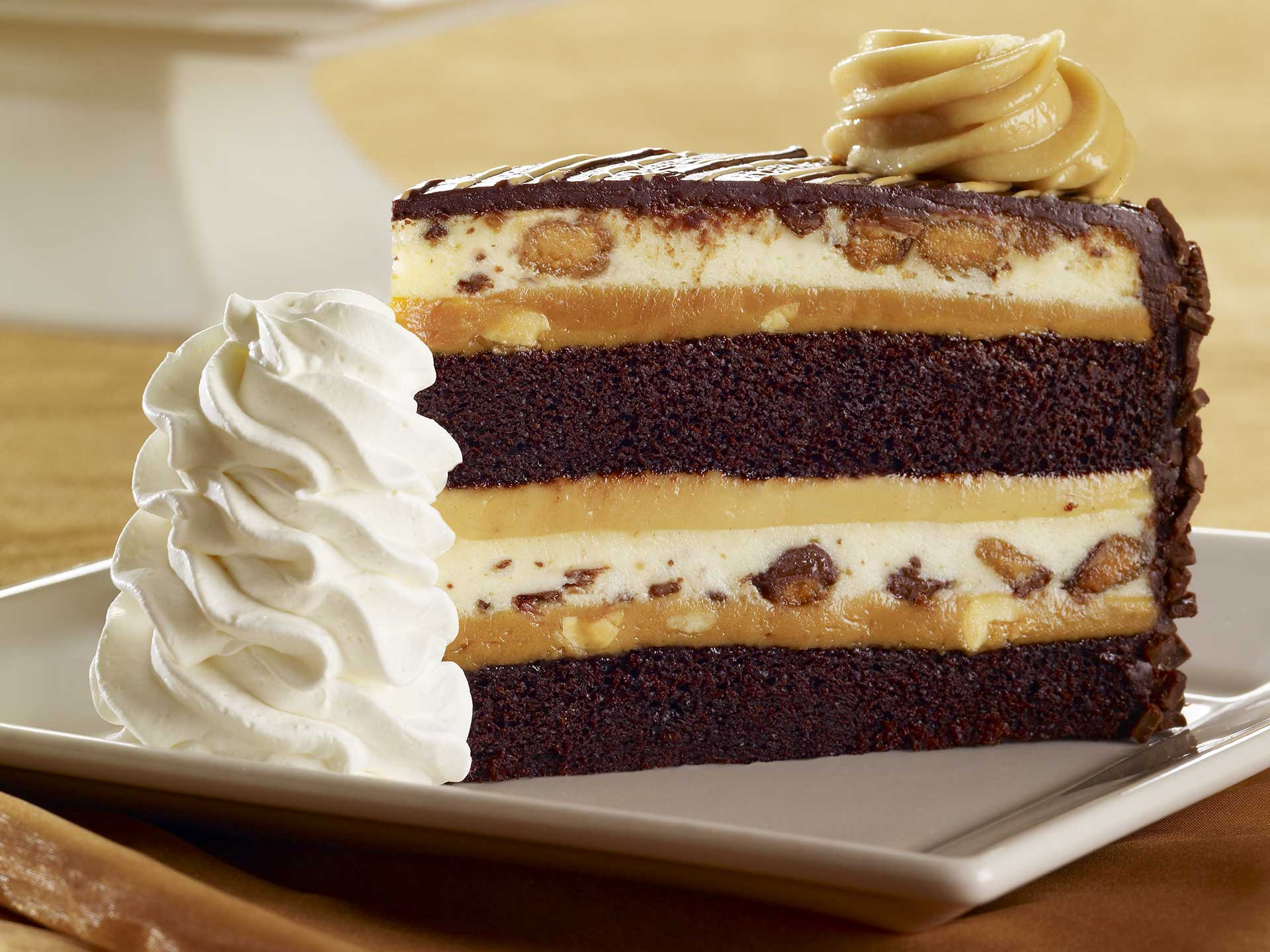Reese's® Peanut Butter Chocolate Cake Cheesecake