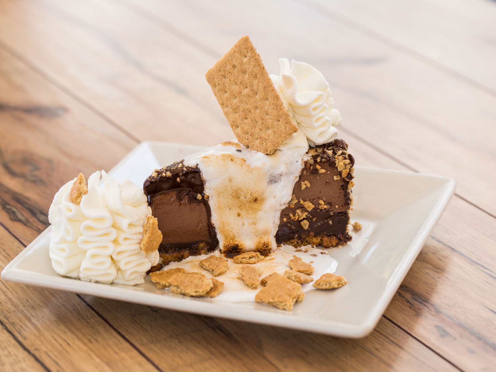 Cheesecake factory toasted marshmallow s mores galore calories
